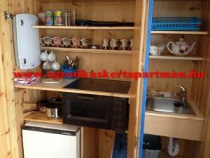 Rozmaring apartman beépített konyha